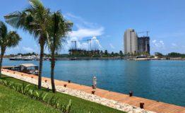 Depto Aria Cancun-Venta - Vista desde frente edificoos