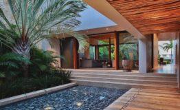 Casa-en-venta-puerto-cancun-de-lujo-luxury-home-house-for-sale-entrance-2