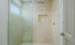 Casa en venta Los Encinos baño 4