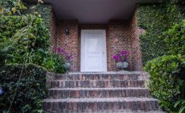 Casa en venta Los Encinos puerta principal